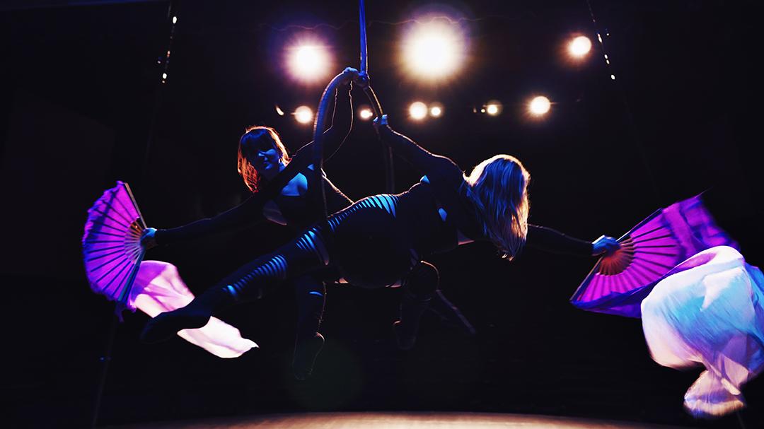 Kelowna circus entertainer